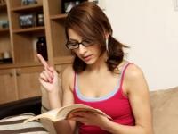 Studentessa si fa chiavare dal professore di ginnastica