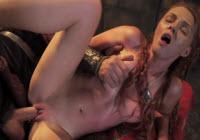 Mignotta sexy allargata nella vagina rovente