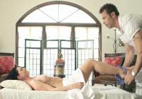Milf mora si gode una trombata con il massaggiatore