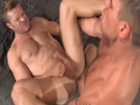 Gay palestrati s'inculano a vicenda