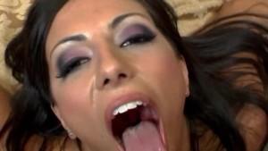Video di mega sborrate in bocca